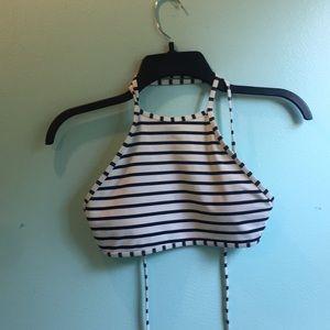 I'm selling a basically new aerie bikini